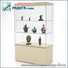 Музейная выставочная витрина с полками, тумбой и со съёмными стёклами